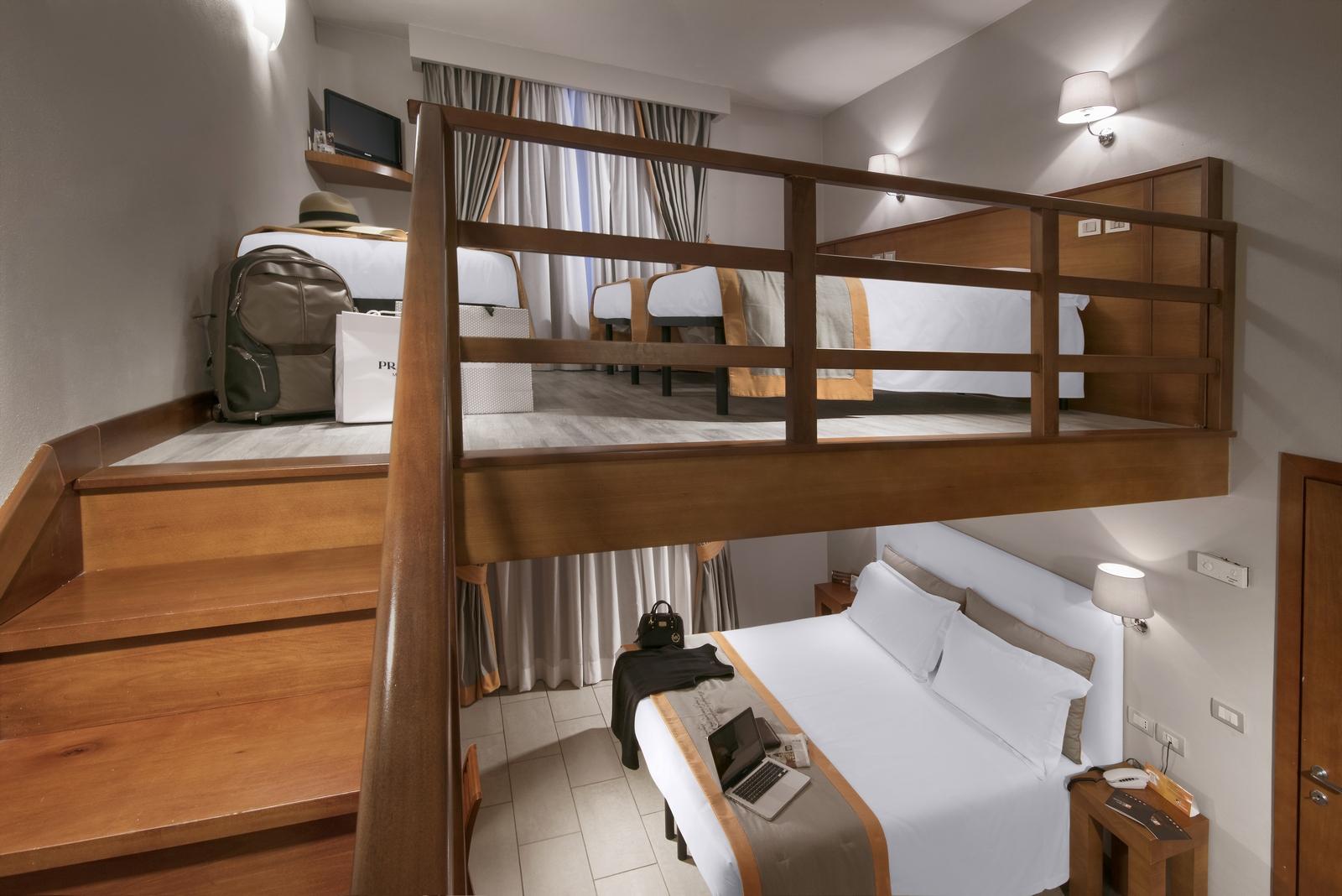 Family room con soppalco for Camera soppalco
